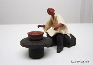 bonsai-figurine-master-1