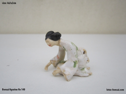 bonsai-figurine-no-140a