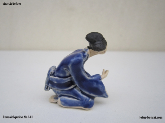 bonsai-figurine-no-141