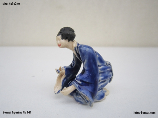 bonsai-figurine-no-141b