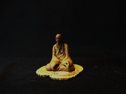bouddha figurine bonsai