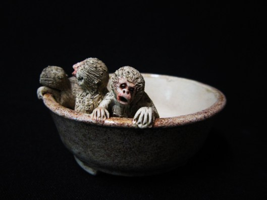 monkey bonsai pot1